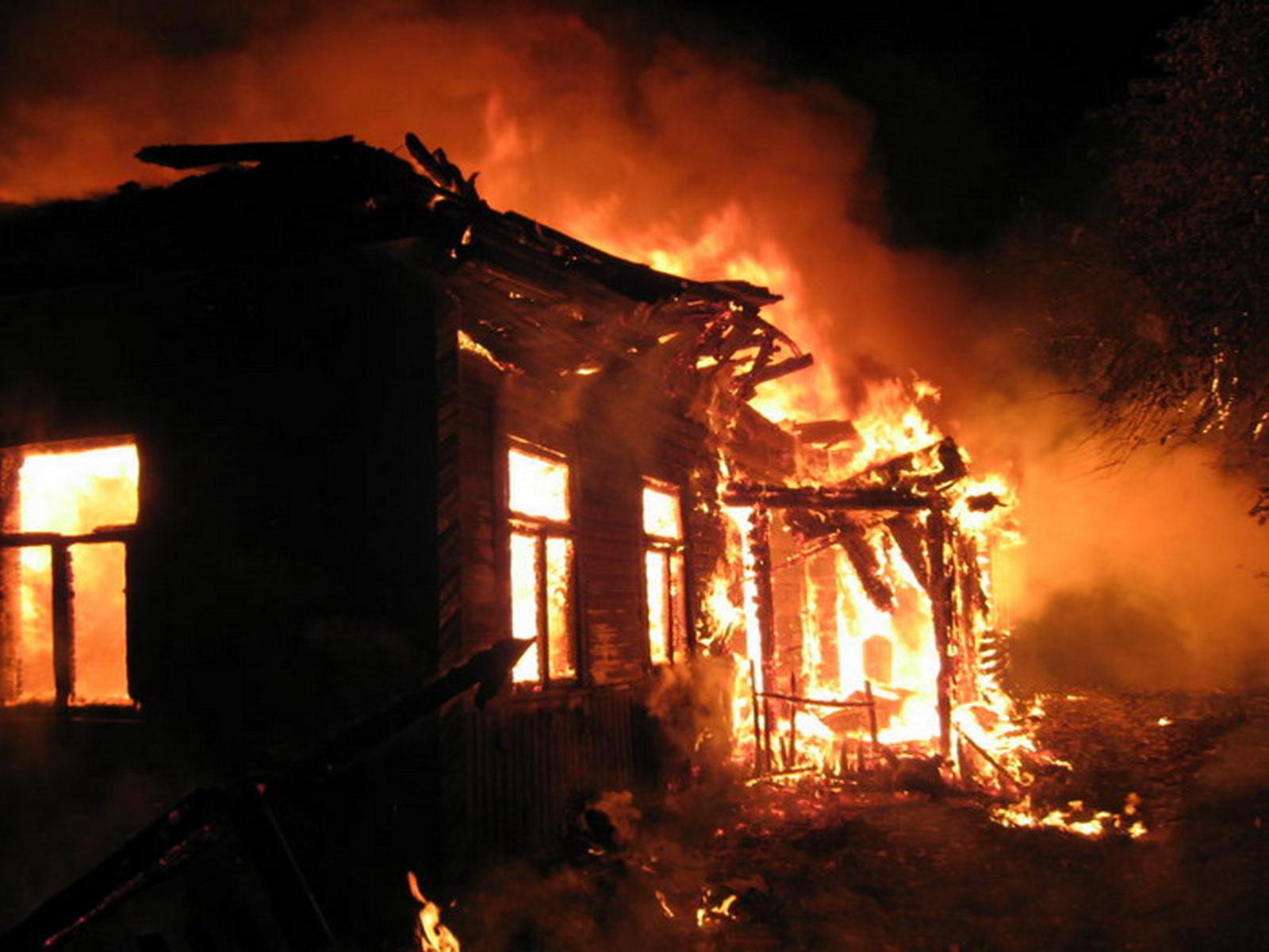 Житель Новогрудского района погиб во время пожара в жилом доме.