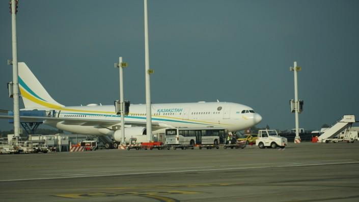 самолет президента Казахстана