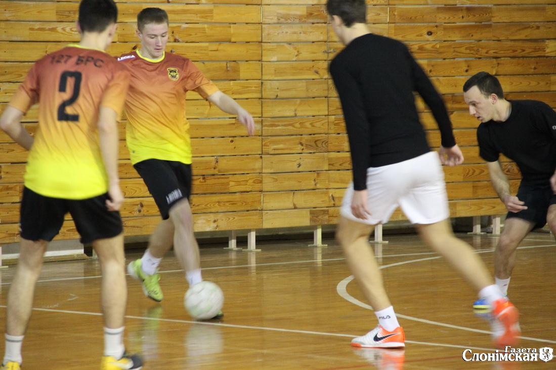 мини-футбол 3