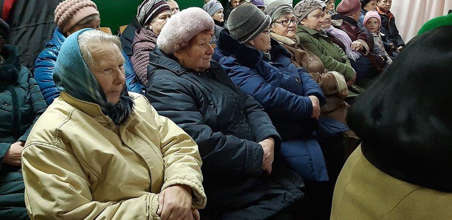 На сходзе ў Пятралевічах