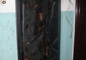 Поджёг дверь, в Гродно