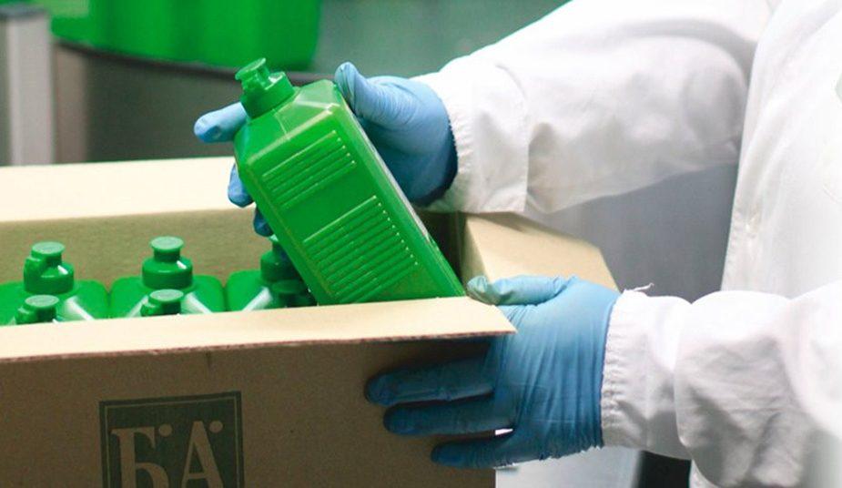 Сколько времени коронавирус живет на медицинских масках и других поверхностях, выяснили ученые