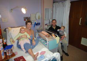 родила троих детей
