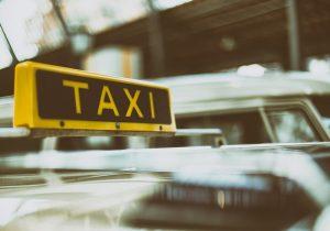 избили таксиста