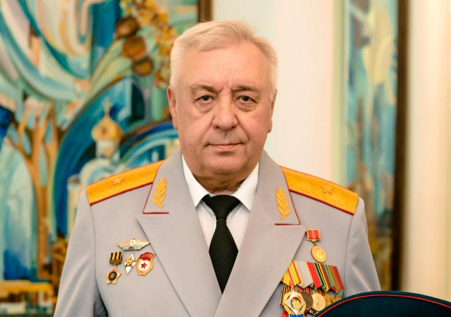 Александр Гундарь.