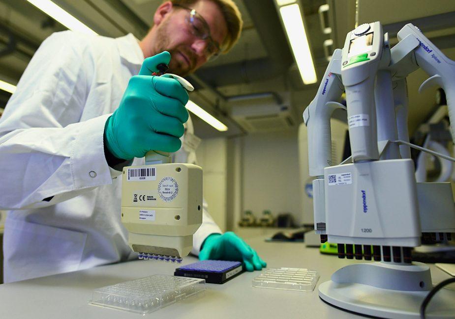 В Майами анонсировали третий этап испытания вакцины от COVID-19