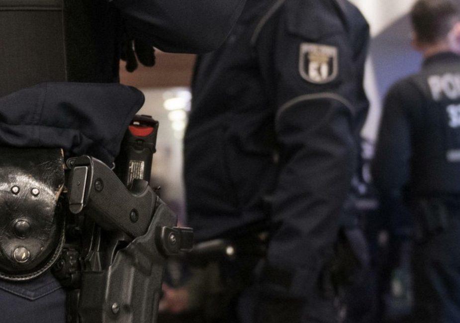 В Берлине неизвестные напали на торговый центр