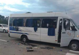 Трагедия в Украине: микроавтобус с людьми расстреляли из автоматического оружия