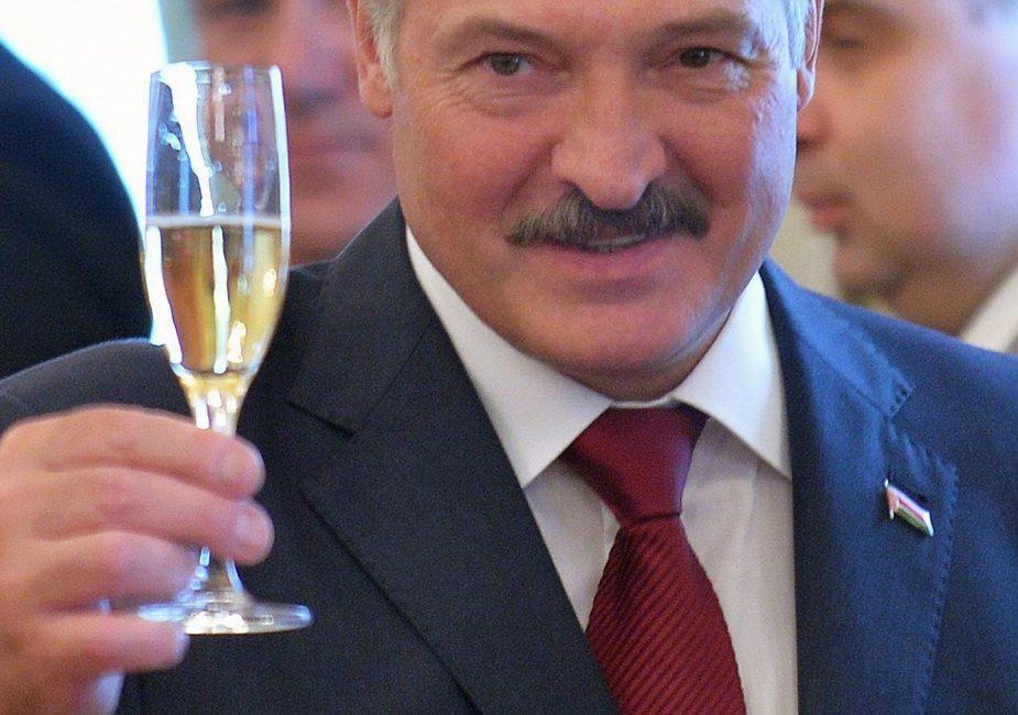 Кто поздравил Лукашенко с днём рождения
