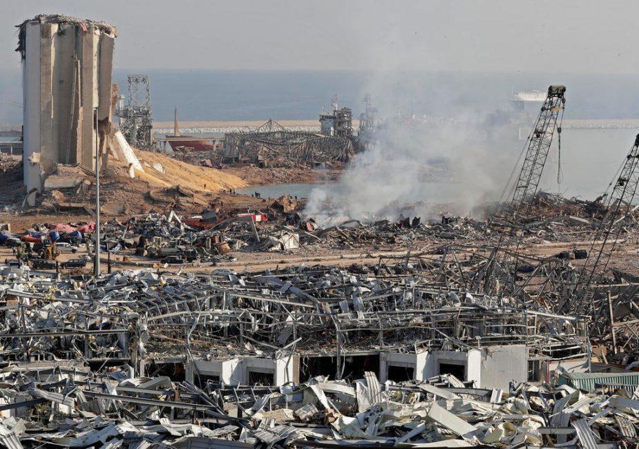 Нарушение правил эксплуатации. В порту Бейрута произошел взрыв унесший жизни 100 человек