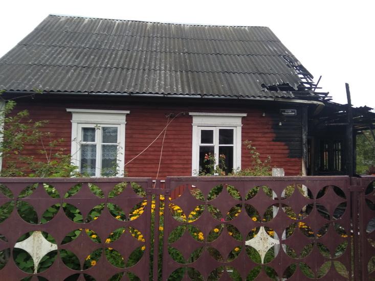 загорелся жилой дом 4