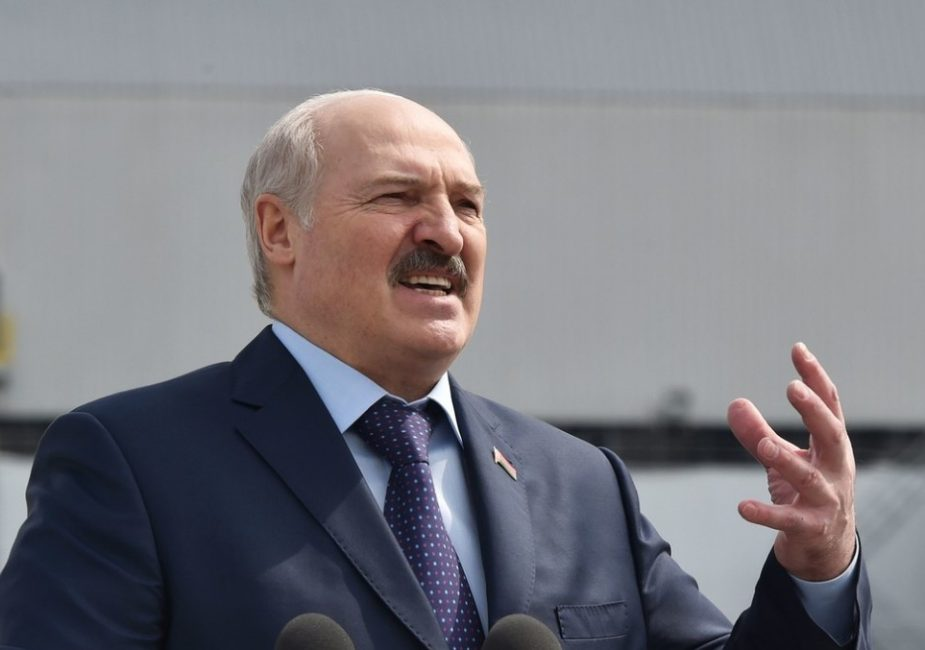 Лукашенко обвинил Польшу, Чехию, Литву и Украину во вмешательстве в дела страны