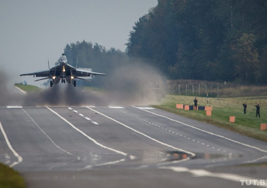 Белорусские истребители посадят на M1