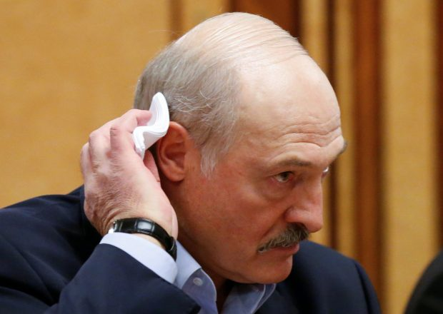 """Лукашенко силовикам: """"Не предавайте"""""""