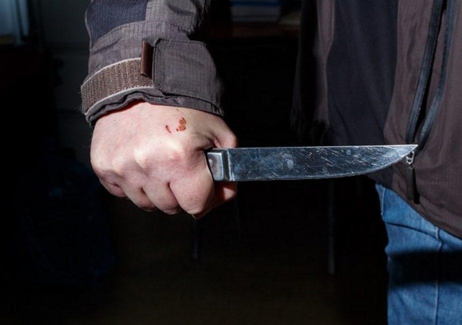 Россиянин ударил ножом белорусского милиционера