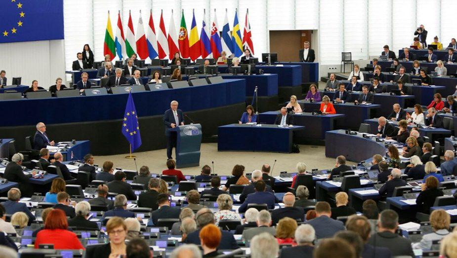 Европарламент принял резолюцию по Беларуси: санкции и отключение от SWIFT